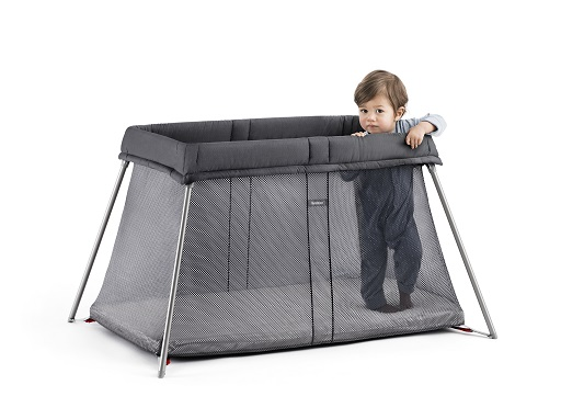 PRE ORDER (SHIP DATE 15JAN) - BABYBJÖRN - New 2020 edition - Travel Cot Easy Go  - Black