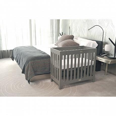 Bloom alma mini crib including mattress pre order due mid to late september save our sleep - Lit bebe petit espace ...